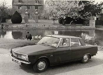 1967 rover 2000tc P6