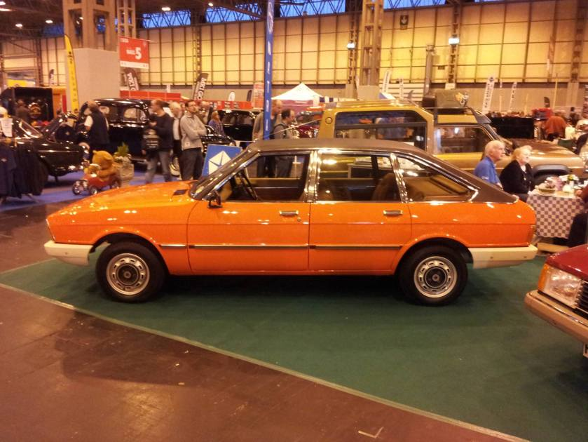 1976 Simca 1308 orange-black