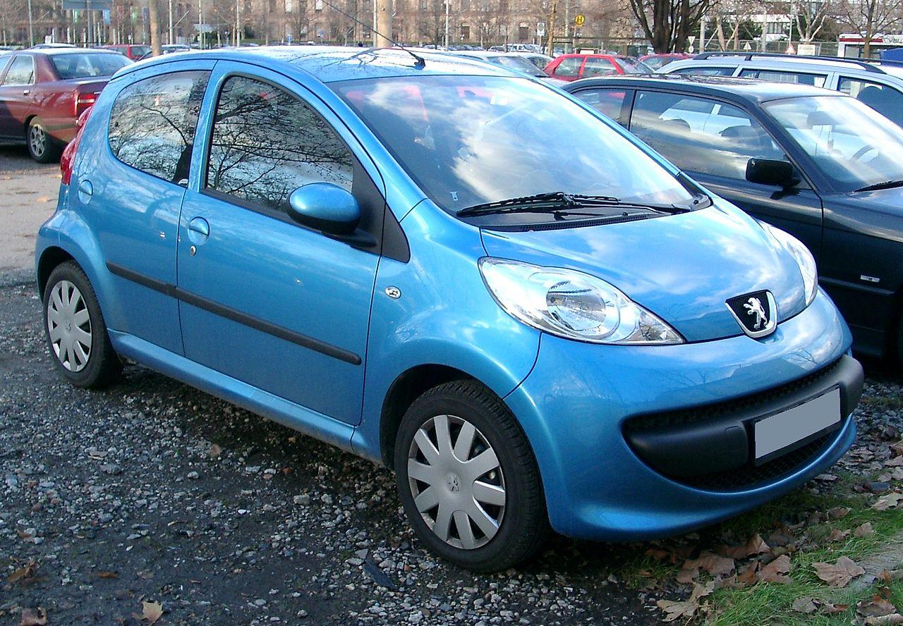 106 (1991) 2005 Peugeot 107