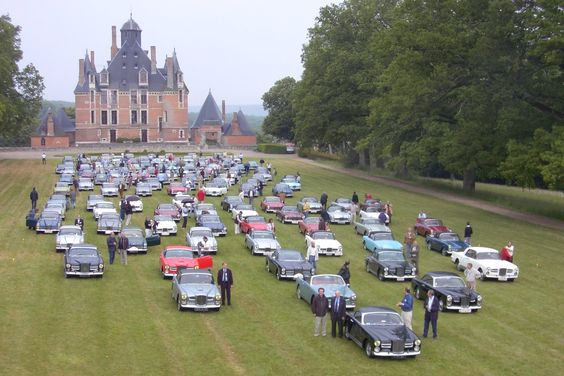 Facel Vega club meeting. Impressive!