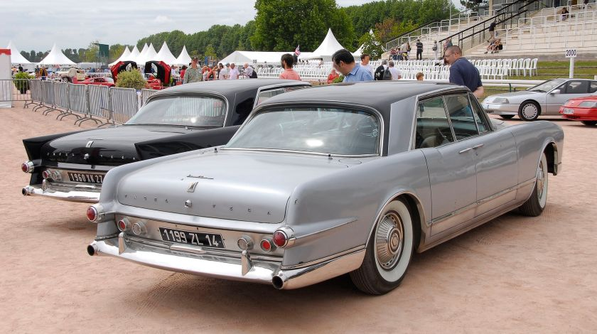 Facel Vega Excellence EX2, in front of earlier Excellence with more pronounced tailfins
