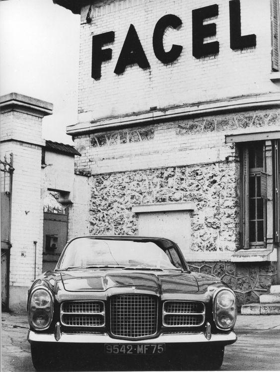 Facel Vega Facel II in front of the Facel-Metallon factory