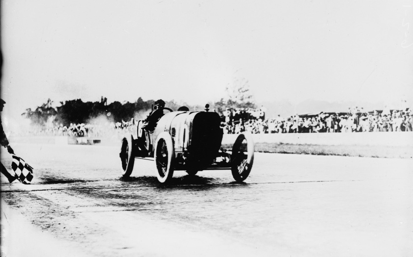 Jules Goux wins Indianapolis