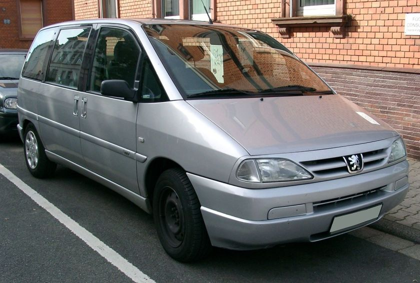 Peugeot 806 front
