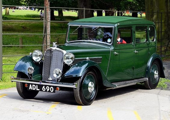 Rover 16 ADL 690