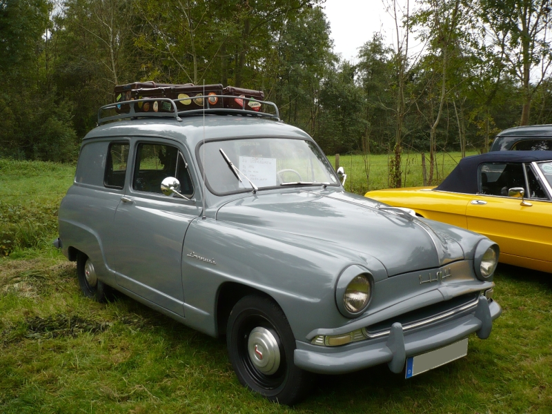 simca-9-aronde-commerciale-03