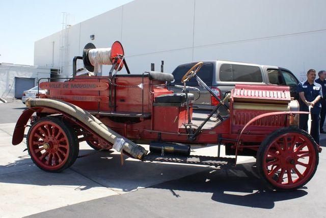 1911 Delahaye Fire Truck outfitted by carrosserie et de charronnage paris