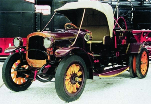 1915 Delahaye-78 with balloon winch
