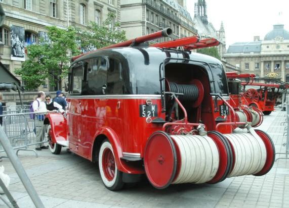 1938 DELAHAYE Model 103 A (Fire truck)