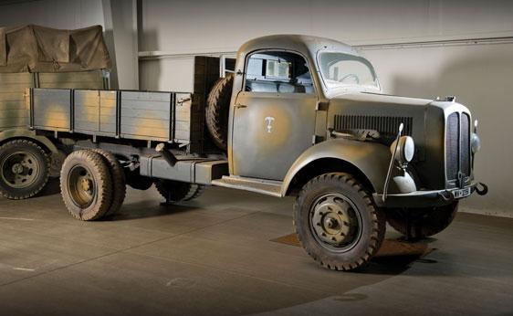 1939 Borgward B3000S-O Cargo Truck