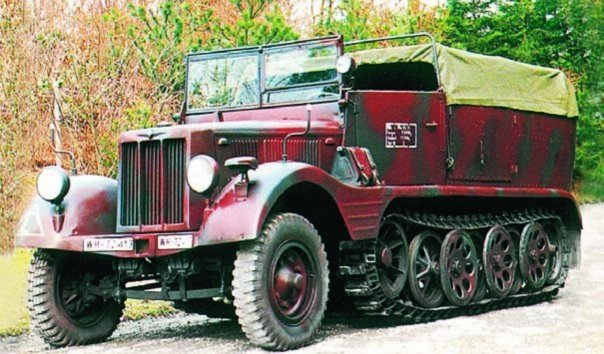 1940 Borgward HLkl6 (Sd.Kfz.11)
