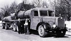 1950's WILLEME R15 sur la RN7 années 50