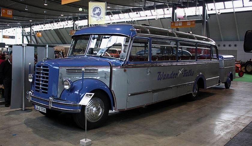 1952 Borgward B4000