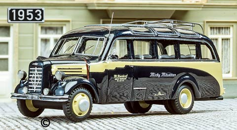 1953 Borgward B2000 bus npe-borgward-53