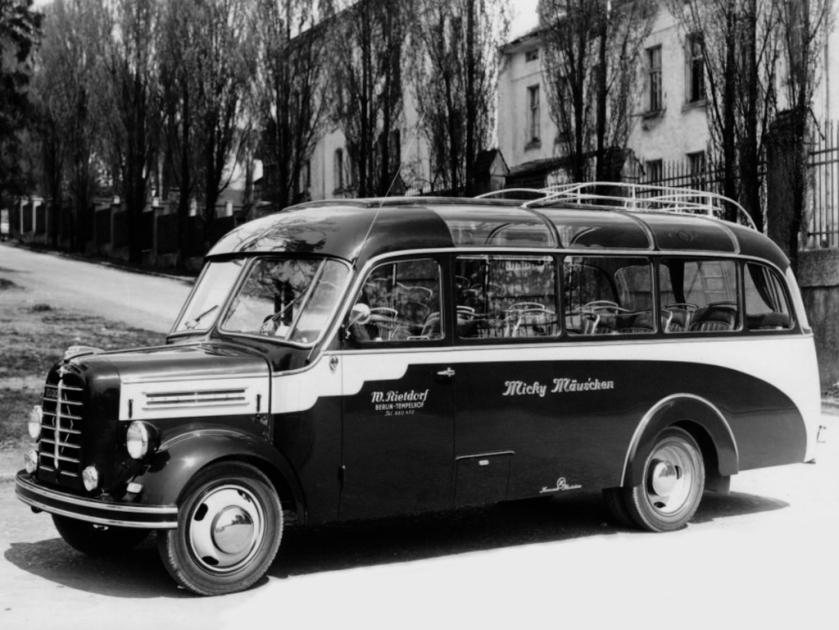 1954-57 borgward b 2500 kassbohrer kleinbus 1