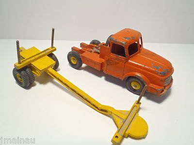 1956 FRENCH DINKY TOYS WILLEME LOG TRUCK