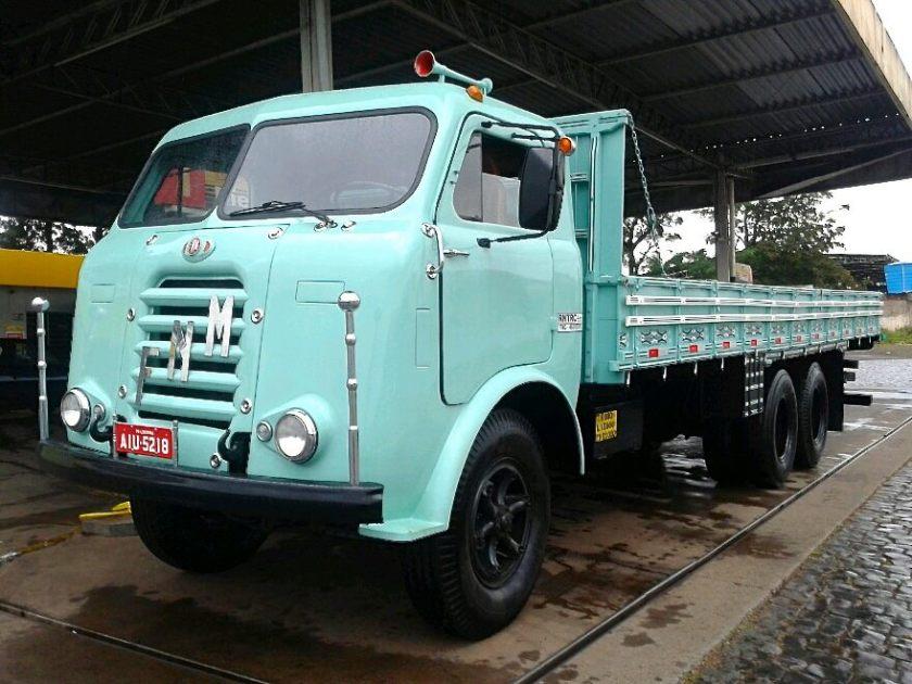 1960 FNM D11000