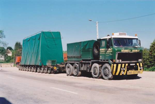 1974 WILLEME TG 250, 8x8 en convoi exceptionnel dans les années 70