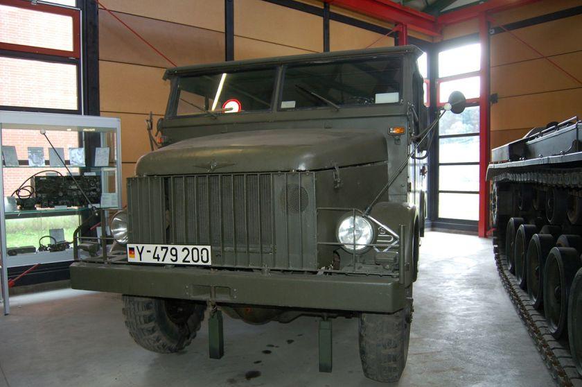 Borgward B 2000 A der Bundeswehr Leighkraftwagen 0,75 tonnen 4x4