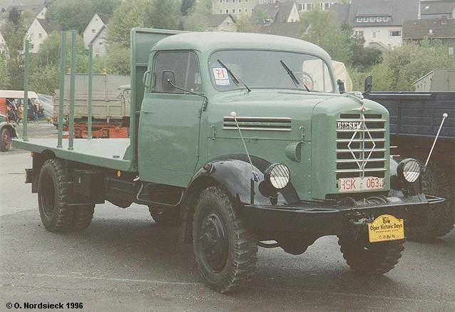 Borgward B 4500 A Rungen-Lkw