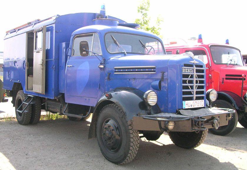 Borgward B 555 A als Gerätekraftwagen (GKW) des THW