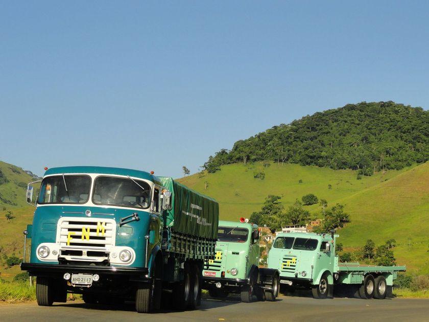 FNM D-11.000, na BR-116, a caminho de Salvador