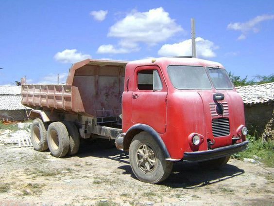 FNM D-11000 Alfa Romeo Truck