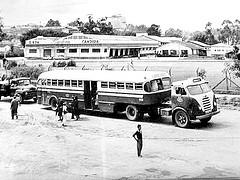 FNM d-11000 bus