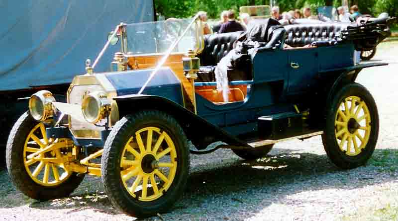 1911 International J30 Touring