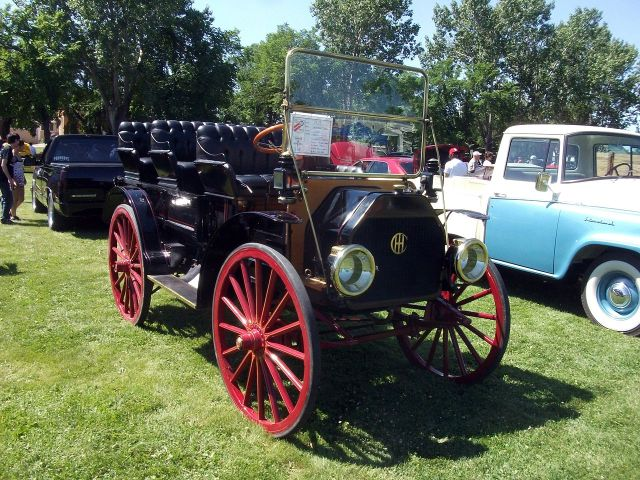 1913 International MW. It is powered by a two cylinder engine
