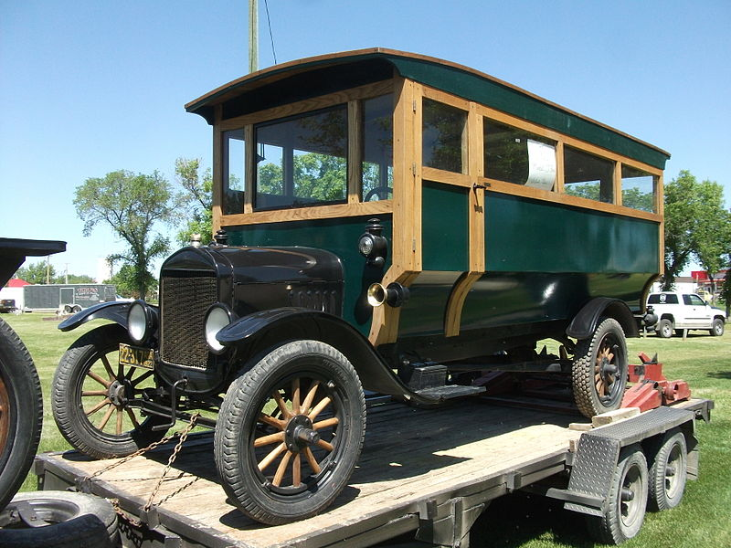 1922 Ford Model T kid hack bus
