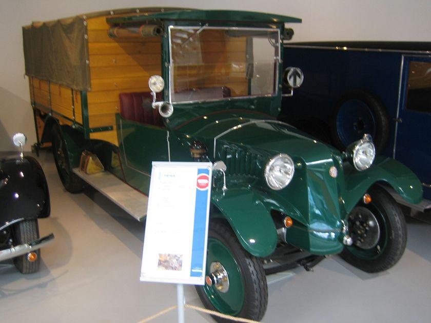 1924-33 Tatra 13