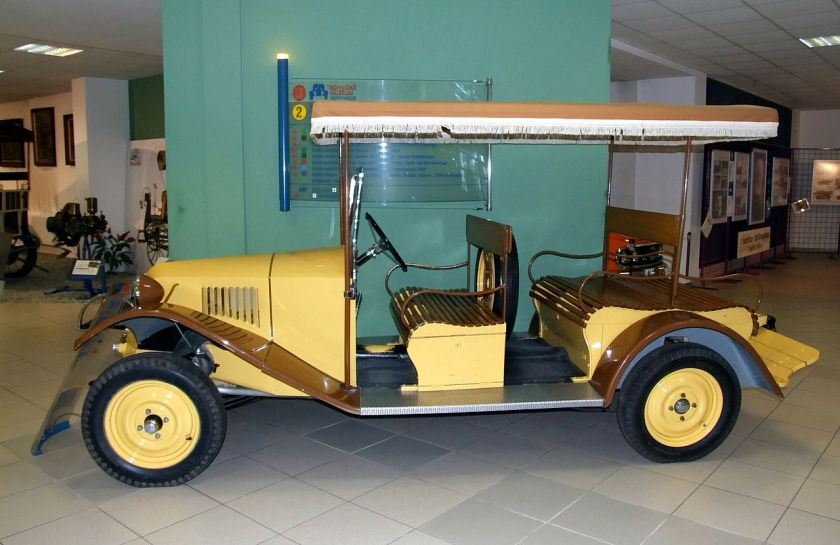 1925 Tatra 12 - firefighting car