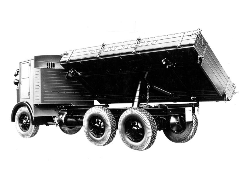 1927-37 Tatra 24