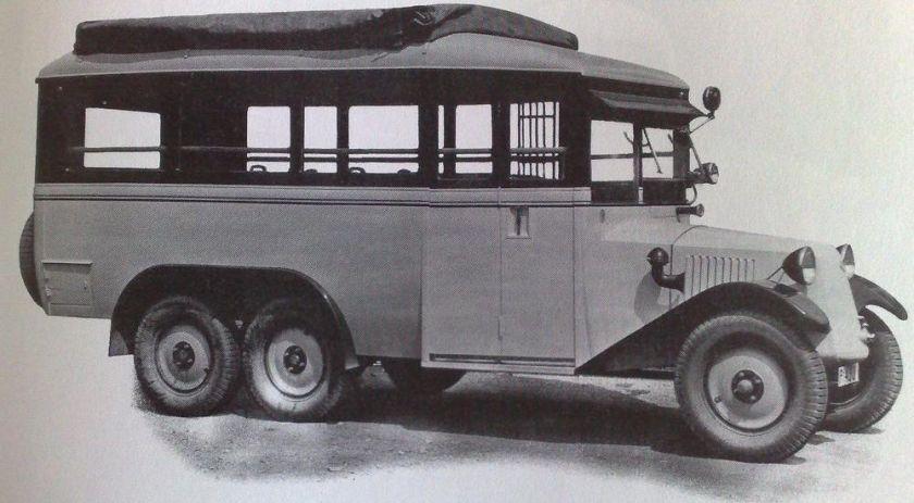 1930 Tatra T26 bus