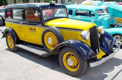 1933 Plymouth taxi