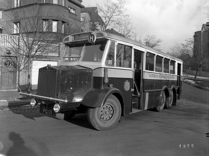 1937 Tatra T24-58 z roku