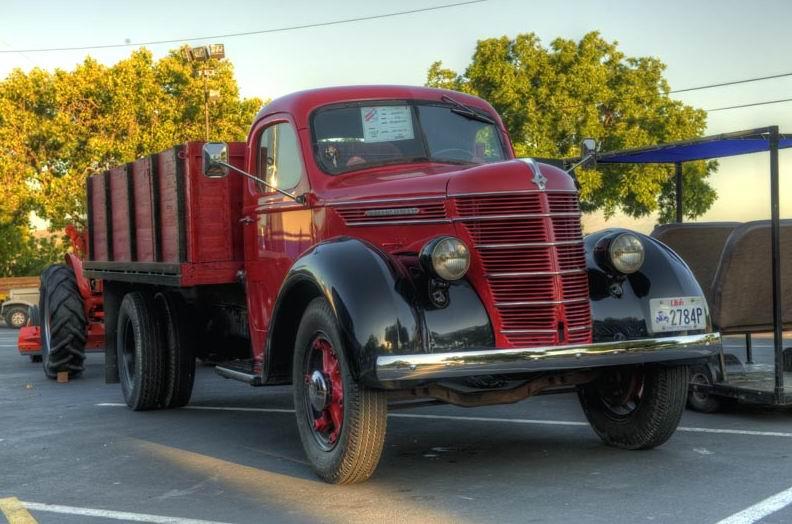 1939 International D-30