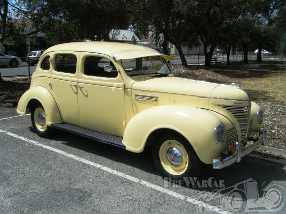 1939 Plymouth P8 Sedan