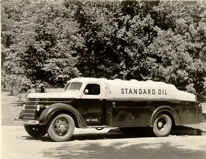 1940 International model D International owned by Standard Oil
