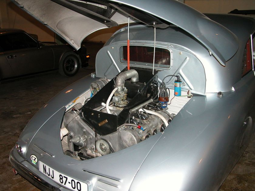 1947 Tatra T-87 Saloon - Engine Compartment (Lane Motor Museum)