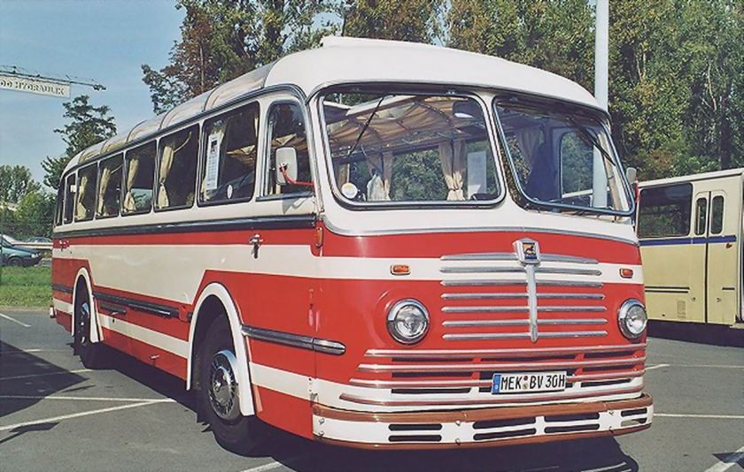 1949 Büssing-5000TU-Reisebus-weiss-rot-Str-weiss