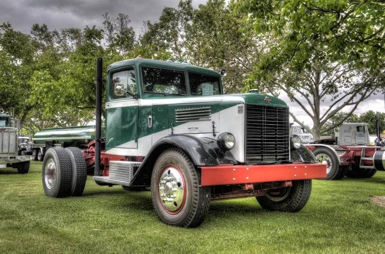 1949 International W-30