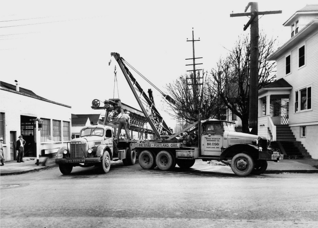 1949 Internationals Harvester s at work