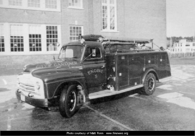 1950 International Gardner Wood 500-500