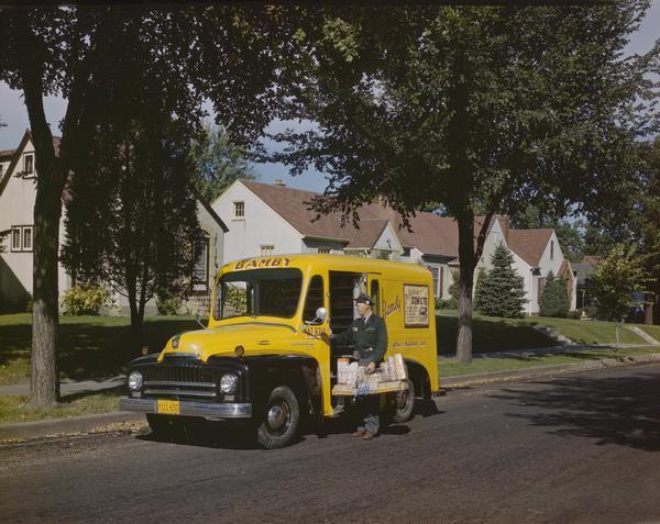 1950 International LB-110 Truck