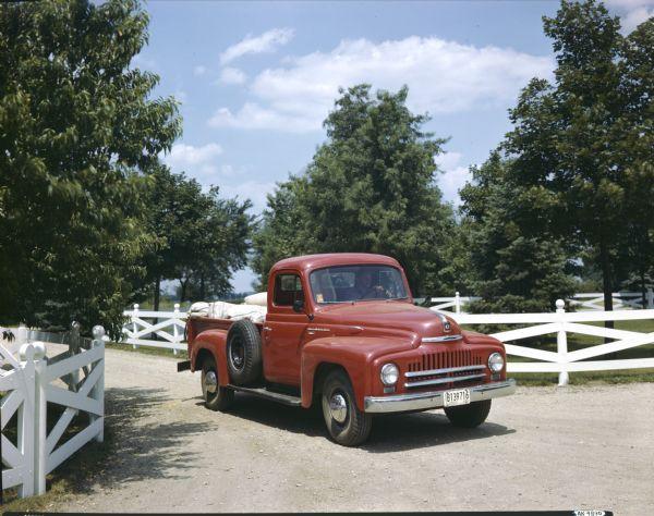 1953 international L-120 Truck