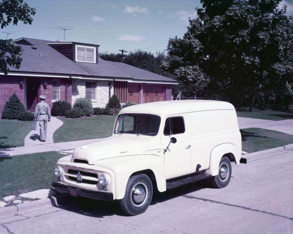 1953 International Model R-120 truck