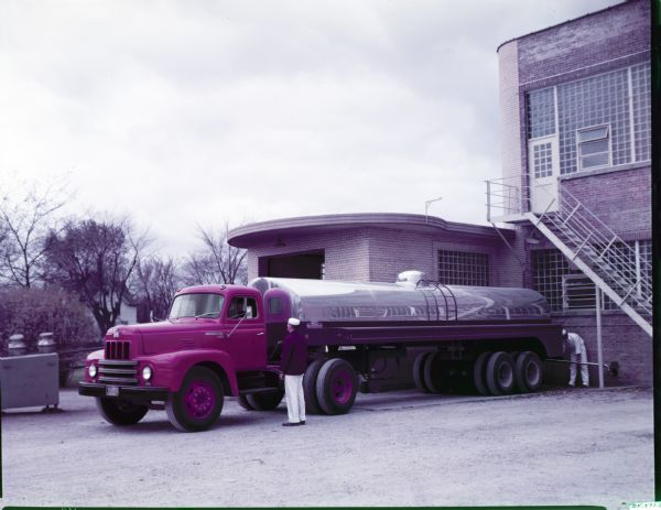 1953 International R-195 truck outfitted with a semi-trailer tank body