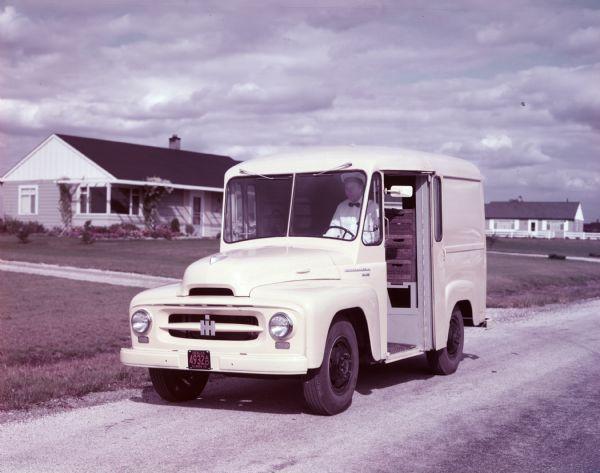 1953 International RBA-140 Milk Delivery Truck